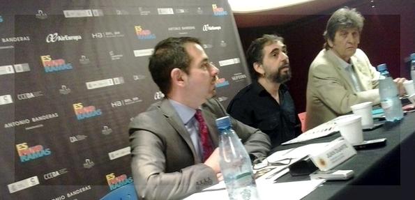 Falta Zaffanella en esta foto de la conferencia de prensa, donde sí aparecen -de izquierda a derecha- Juan Duarte, Fran Gayo y Jesús Oyamburu.