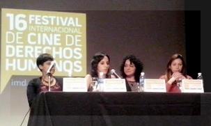 De izquierda a derecha, Natalia Cortesi, Giovanna Pino, Florencia Santucho, Diana Martínez Tancredi en la conferencia de prensa que brindaron ayer en la sala de cine de la Alianza Francesa.