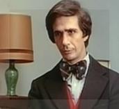 Además de dirigir la película, Renán interpretó un papel secundarísimo en 'La tregua'.