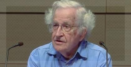 Noam Chomsky volvió a dar cátedra, esta vez en NuevaYork