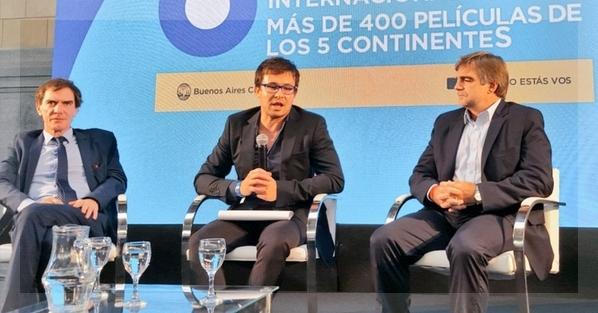 De izquierda a derecha, Darío Lopérfido, Javier Porta Fouz y Alejandro Cacetta.