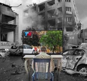 Este fotomontaje ilustra con trazo grueso la realidad aumentada que proyectan algunos medios.